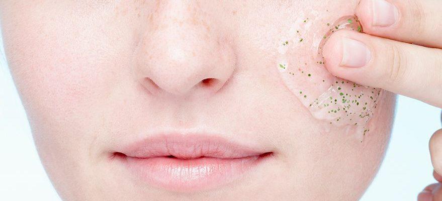 scrub wajah untuk kulit berminyak